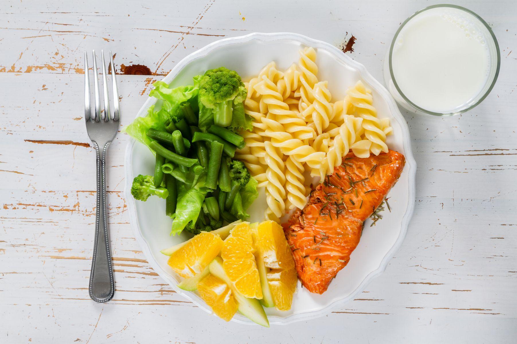 九成民眾堅果、蔬菜吃不夠 「我的餐盤」給你餐餐均衡
