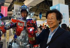 從不覺得自己老!80歲教授吳靜吉 快樂工作保年輕