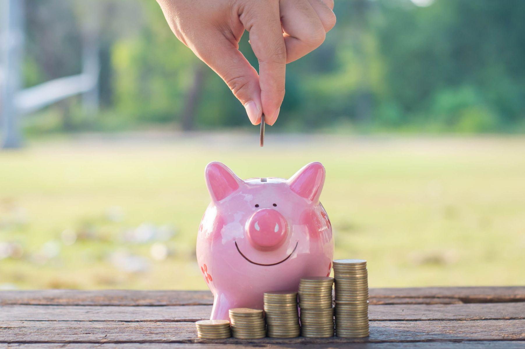 女人有存款,老了卻更窮?別輕易把養老金借給孩子