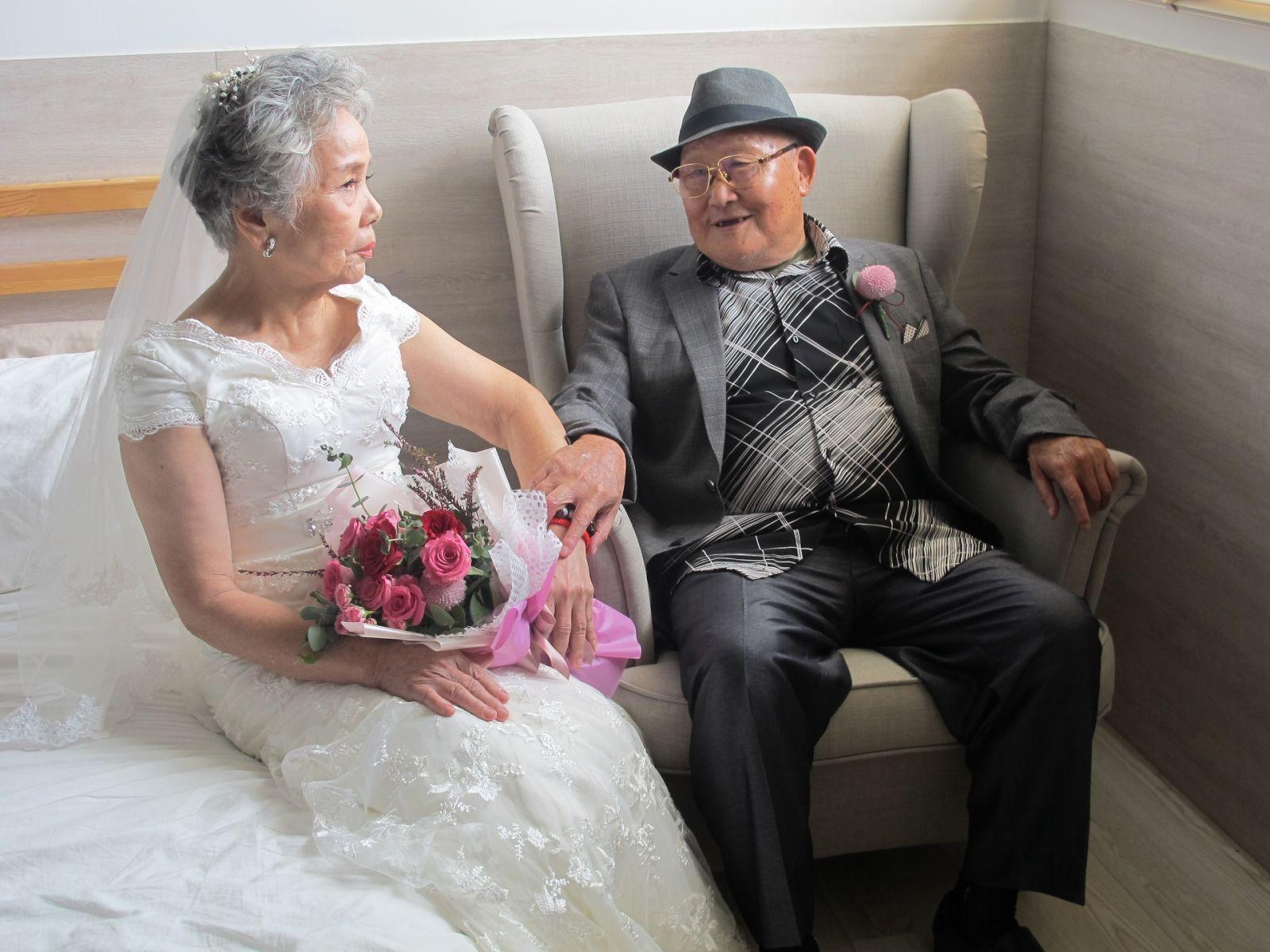 夢想不會老!環島、拍婚紗圓夢,爺奶找回生命價值