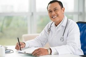 食道癌年輕化!定期健檢不可少,腸胃鏡揪出腫瘤