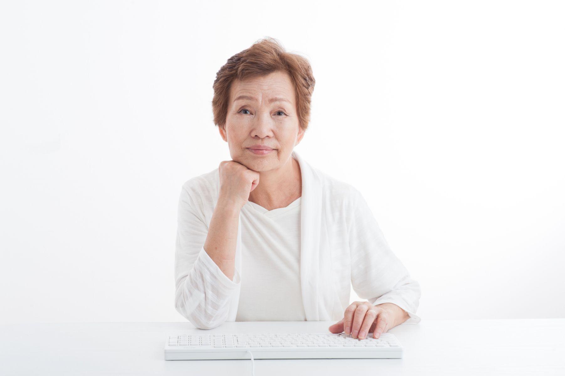 不夠老不能應徵!淘寶開出「60歲以上」專屬職缺 年賺百萬退休金