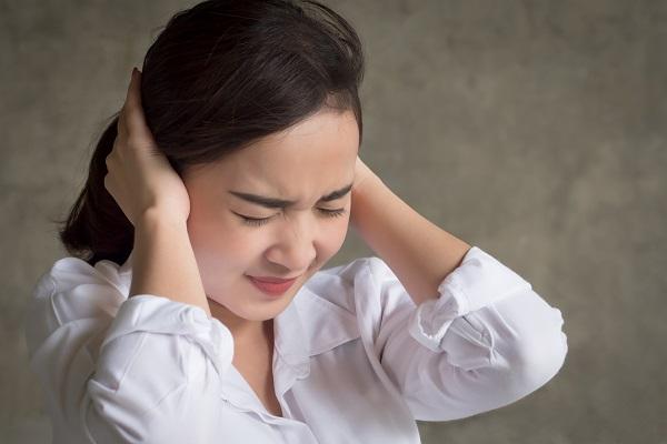 別再亂挖耳屎了!不當清理小心耳鳴越來越嚴重