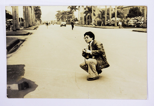 范疇回到台大就讀照片攝於台大椰林大道