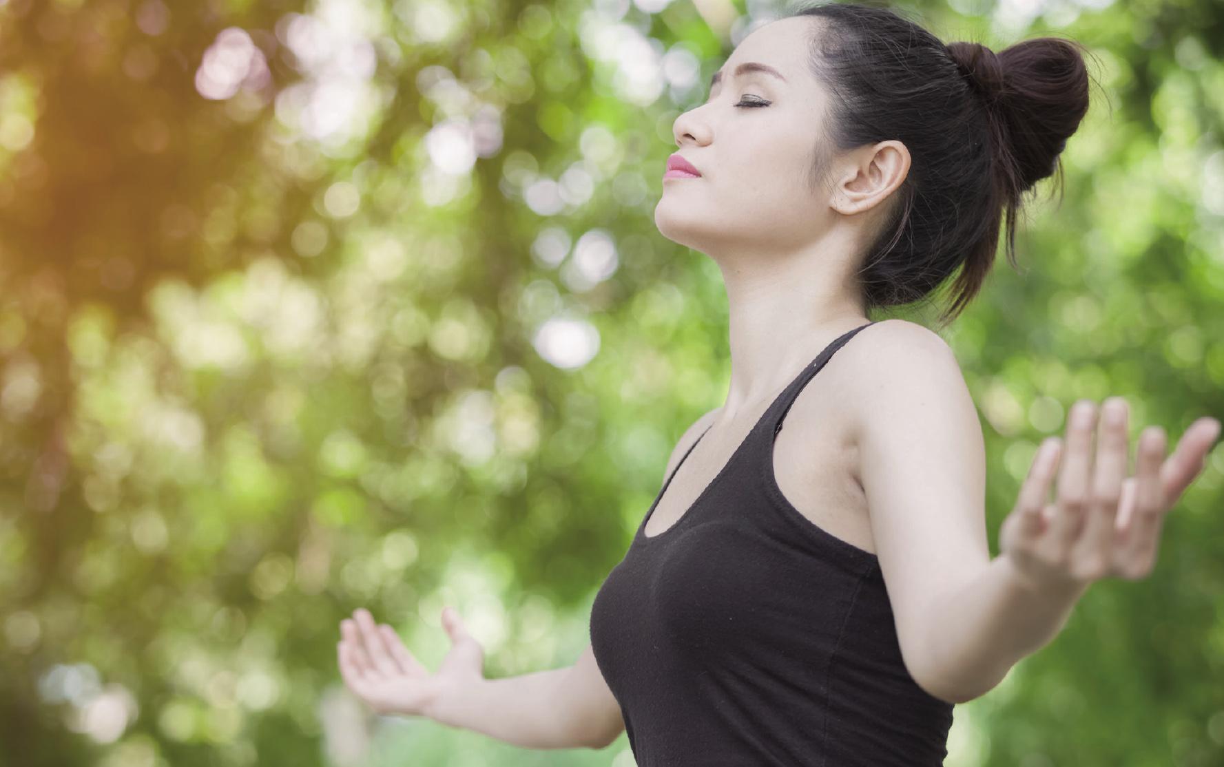 3分鐘辦公室瑜伽操 強化代謝 排毒防癌