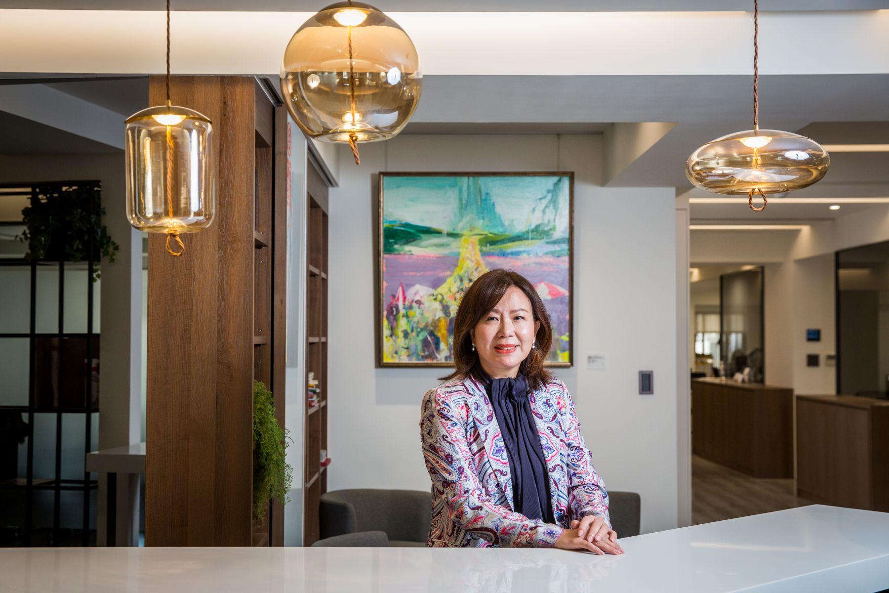 從公部門小科員到年營收破億的女總經理 許婉琪:「職場上只有努力,沒有性別的問題」
