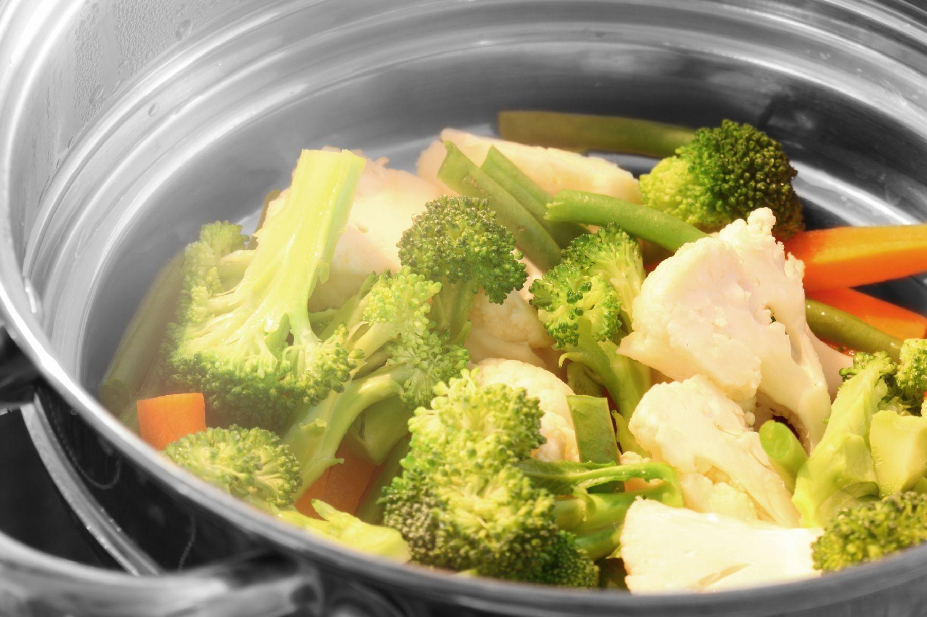 蔬菜用水煮、清蒸、快炒哪種營養素流失最少? 營養師實證告訴你