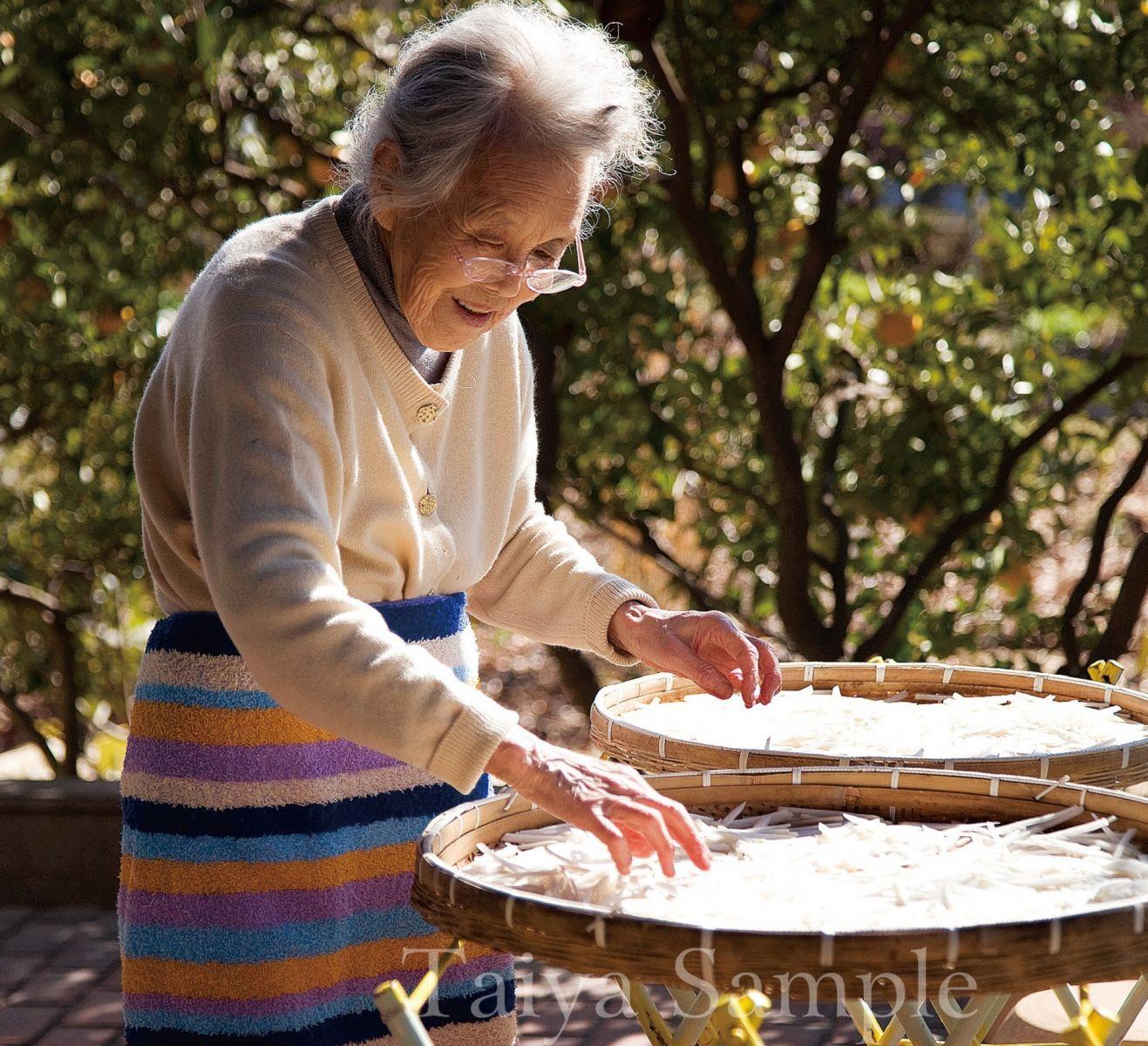 87歲的日本老奶奶 因為下田耕種找到生命的哲理