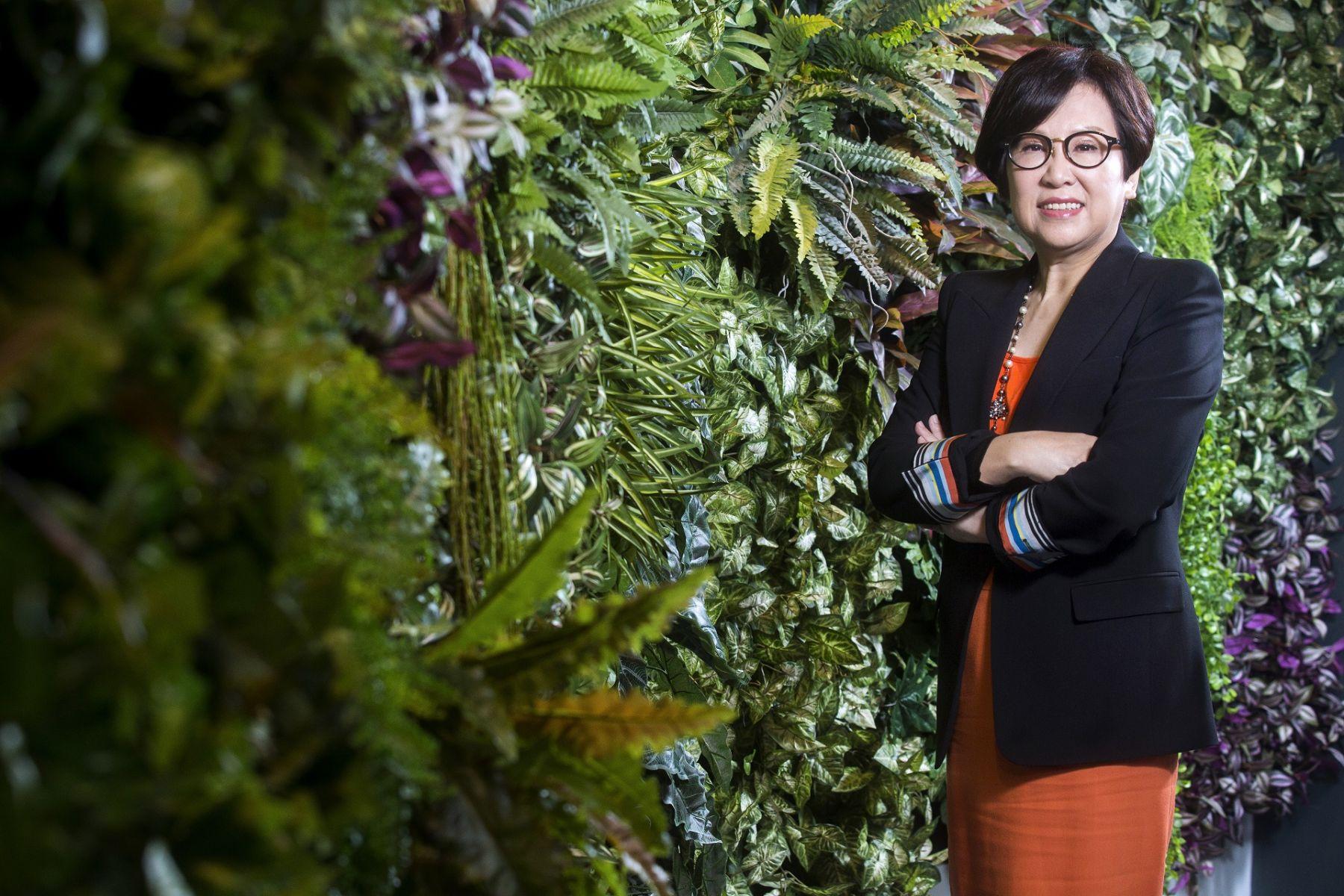 【專訪親民黨副手】「內心住了一個小女孩!」昔日女CEO余湘 為何身披橘袍挑戰副總統之位?