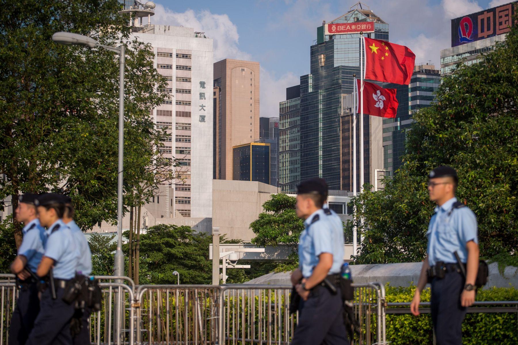 香港為何深陷困局?林鄭月娥喊出「主導權不在當局手上」,背後暗藏3個意義