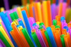 全球減塑得再加速   研究:塑膠微粒恐已在食物鏈不斷循環