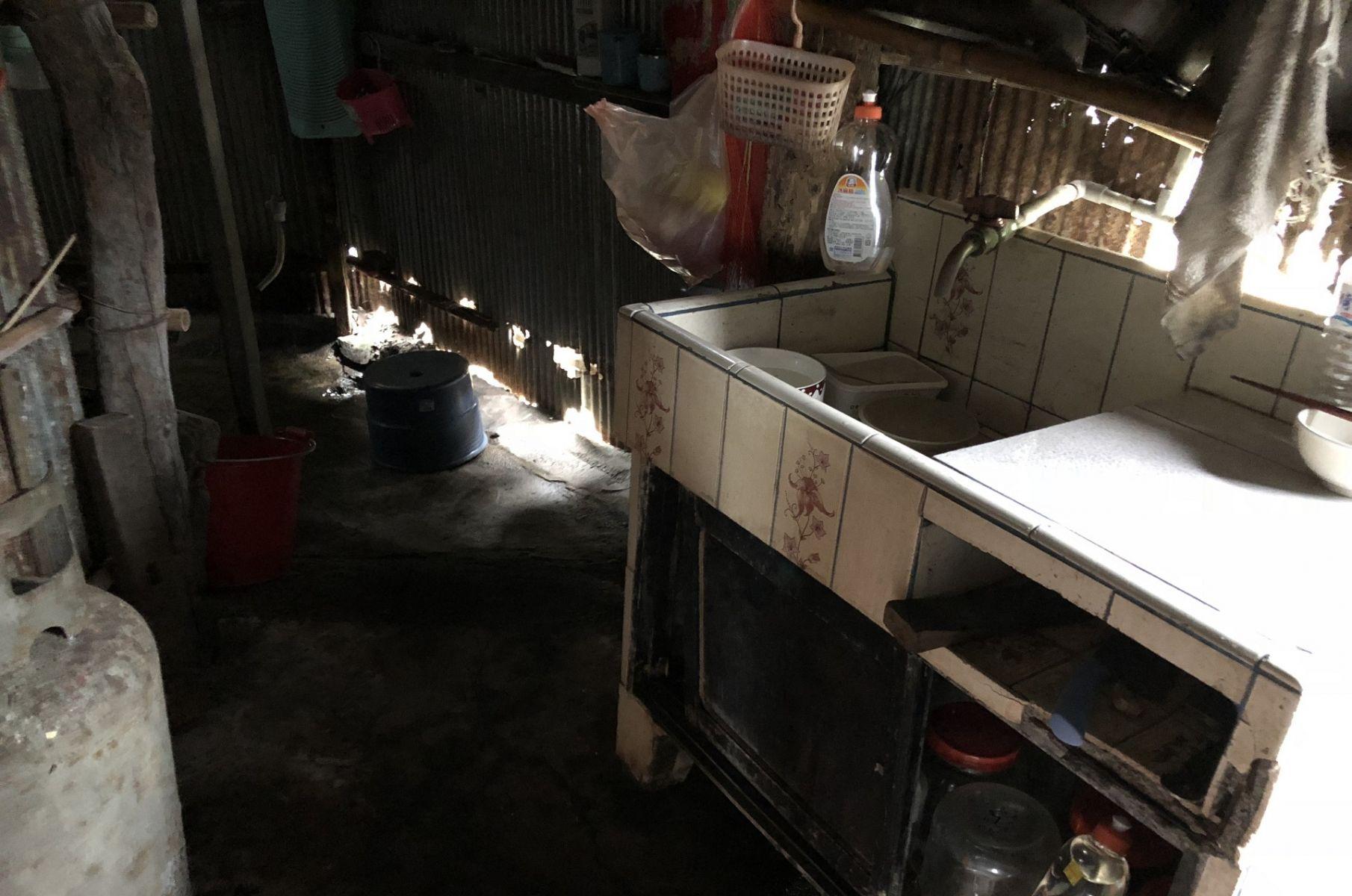 下雨就漏水、上廁所還得防蛇咬 誰能許台東偏鄉孩童一個安全的家?