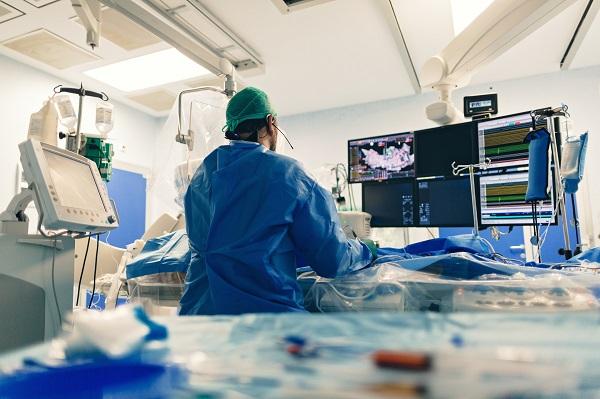 檢查出「心律不整」,會猝死、昏倒或休克嗎?名醫:健檢使用一般心電圖,九成以上都沒事