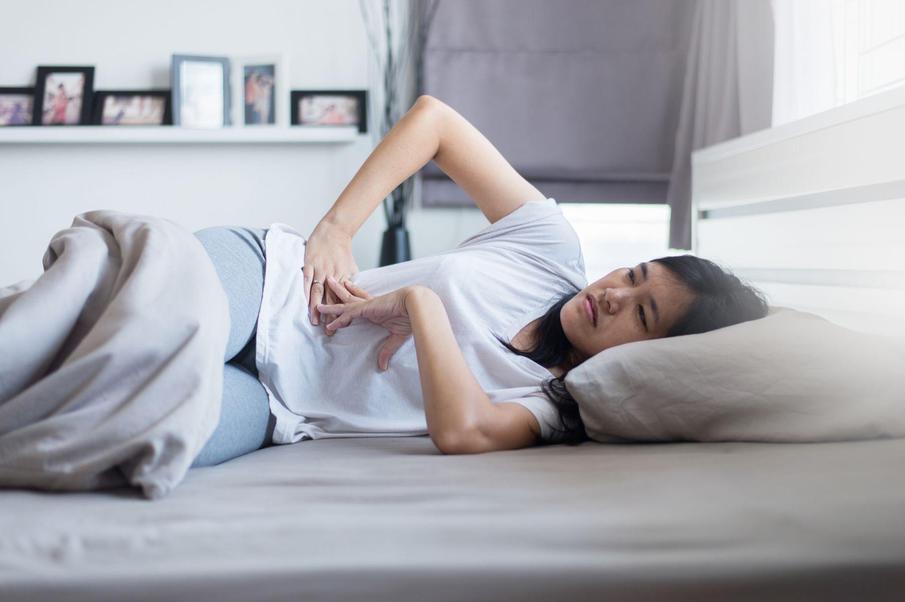 經前症候群困擾六成女性!減輕不適的自我照護法