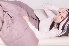 45歲前就疲勞、煩躁和亂經?這些不適症狀可能是「類更年期症候群」