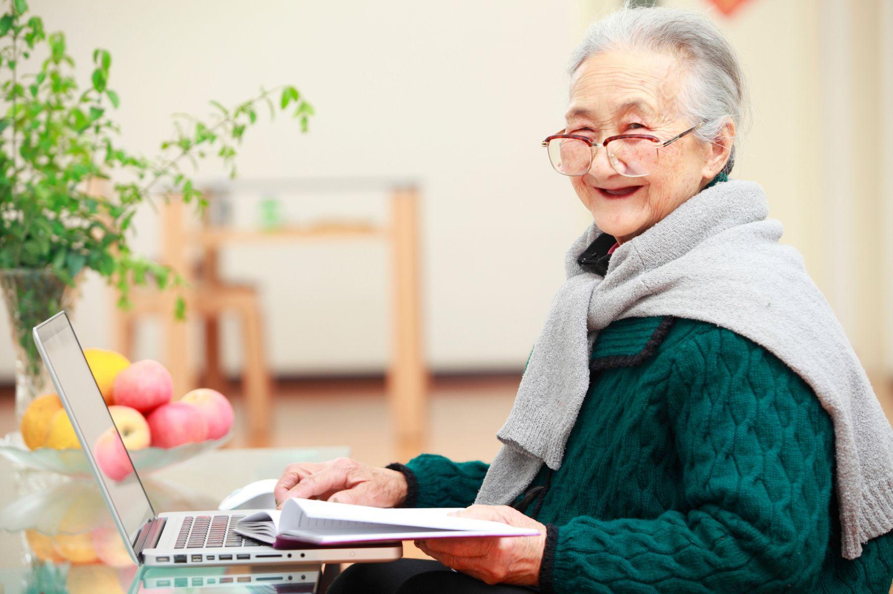 日本百歲女作家心境年輕 即使生病說話也不病懨懨