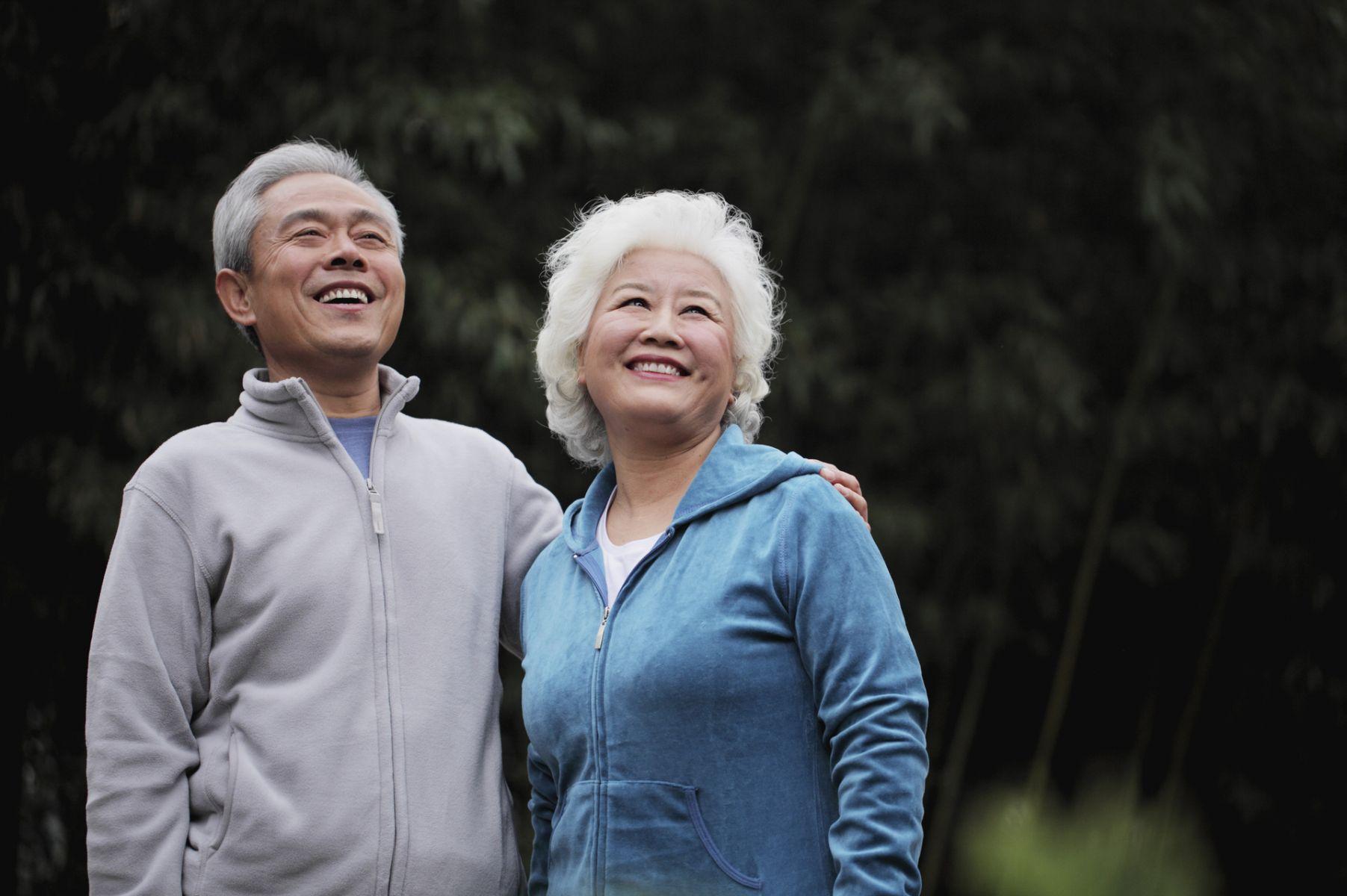 不是老化,而是「陳年」!三大原則,讓你步向「耀眼的70歲」