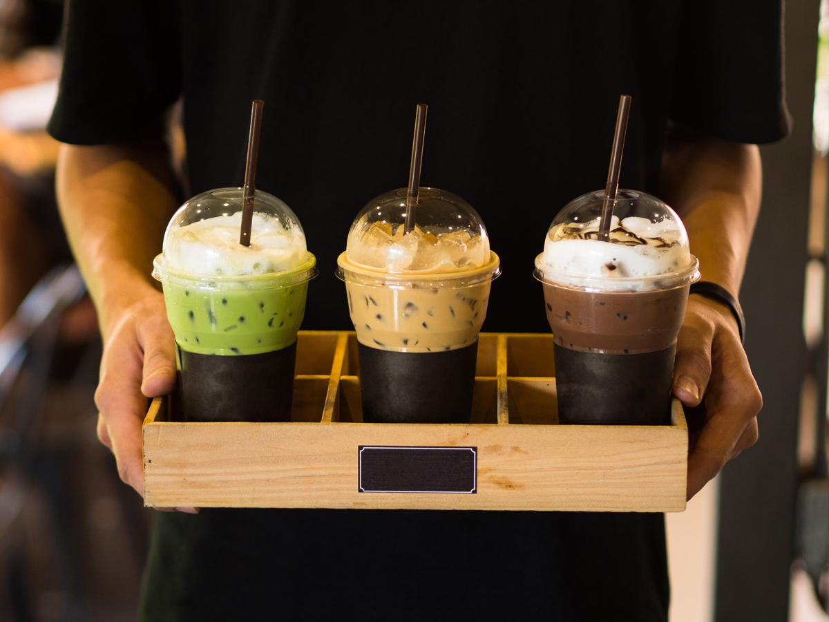 開工不憂鬱!1元喝大熱美、星巴克買1送1 四大超商咖啡優惠一把抓