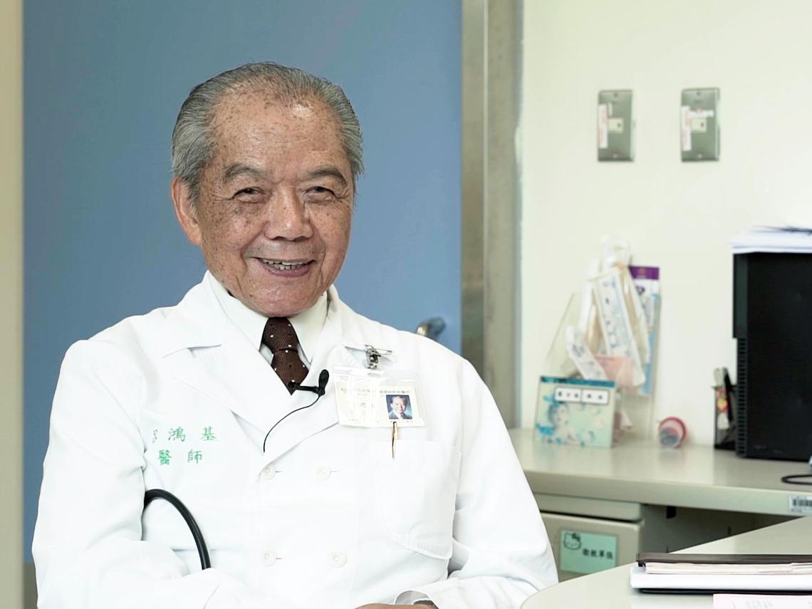 台灣兒童救星是他! 87歲醫生爺爺至今奮鬥不歇
