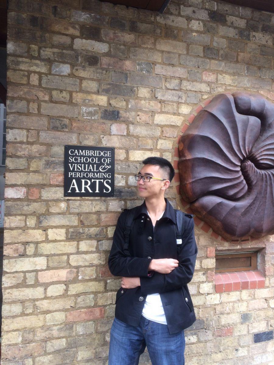 謝寧受邀跳級至倫敦藝術大學就讀