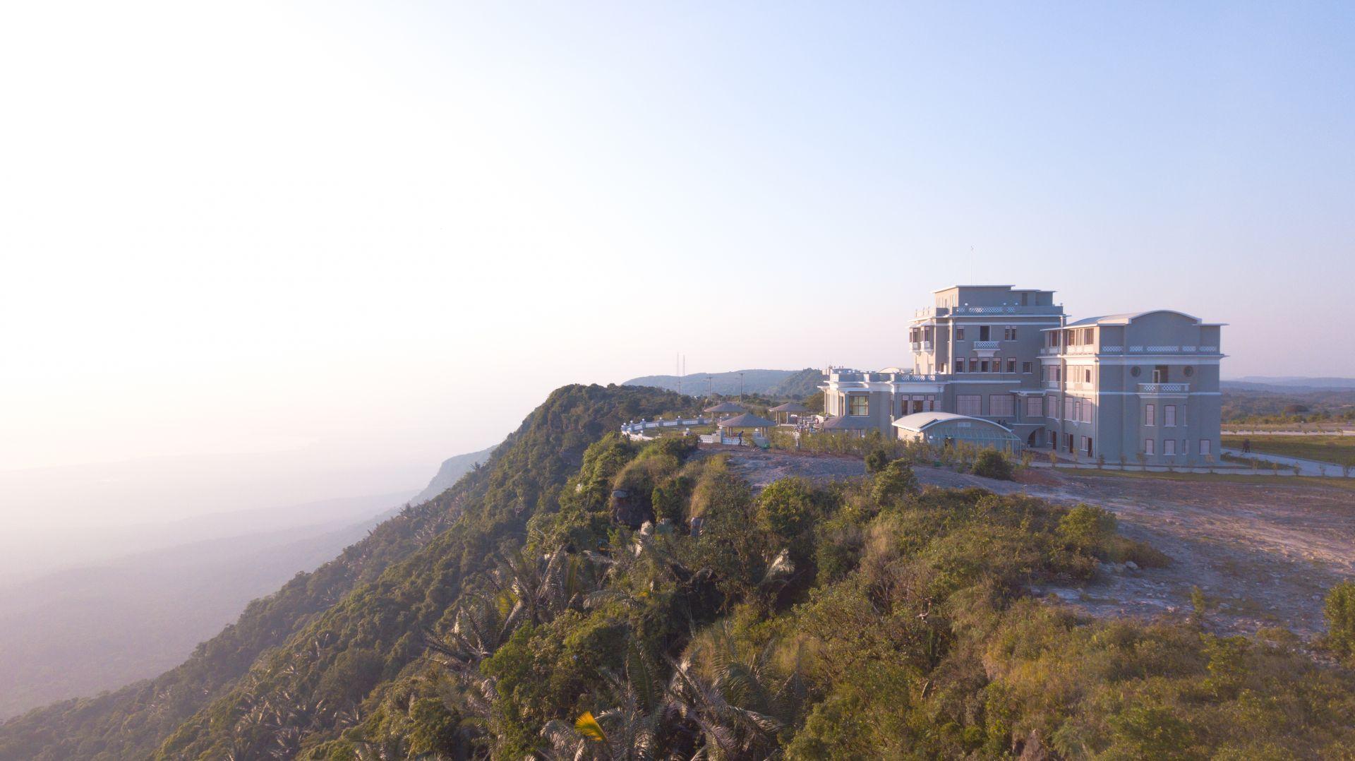 柬埔寨不只有吳哥窟!走進秘境波哥山,探訪皇室御選避暑勝地