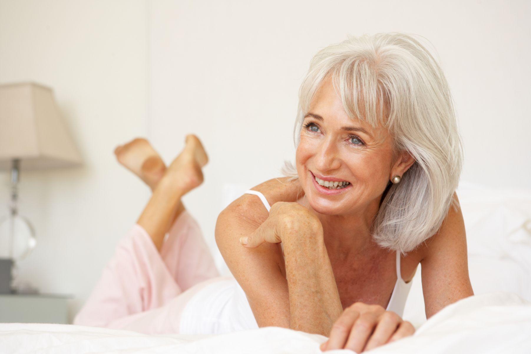 有了年紀依然能抬頭挺胸!挑對內在美,穿出舒適與自信