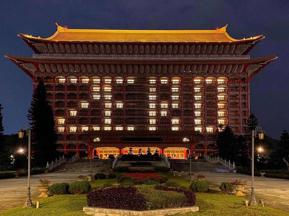 不要浪費一場好危機!圓山飯店亮出ZERO、日本迪士尼股價漲15%..在最慘的行業裡看到創新!