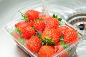 醋、小蘇打、自來水,哪種洗菜去農藥效果最好?