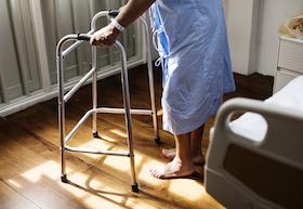 住院應「少下床多休息」嗎?你錯了!