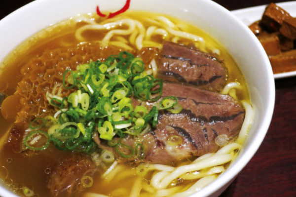 台灣最強8家牛肉麵清單!米其林評審員一致狂推肯定,平價版的五顆星美味全在這裡