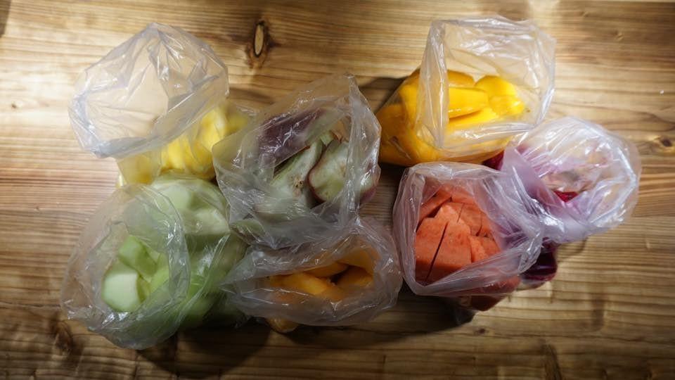 士林夜市也坑觀光客? 7小袋水果賣1500