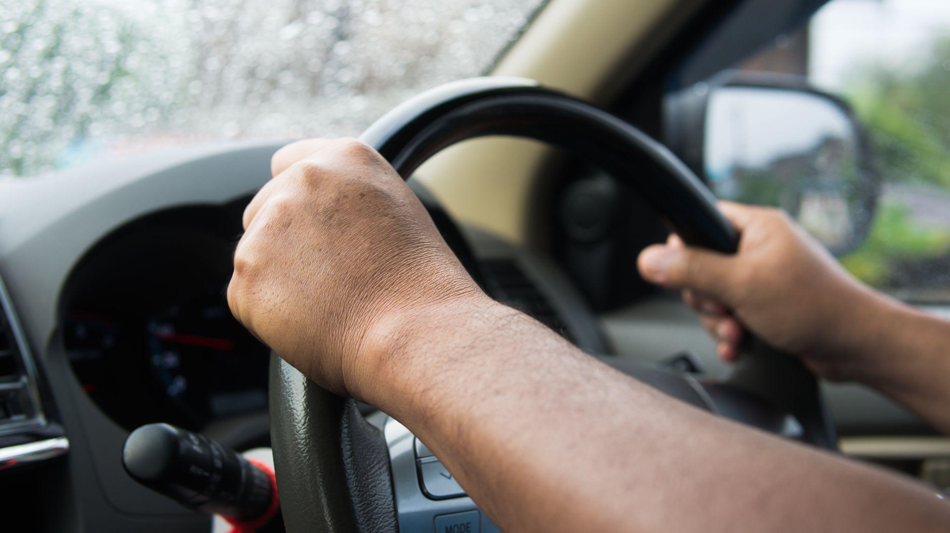 為什麼司機過勞仍上工? 問題出在薪資結構
