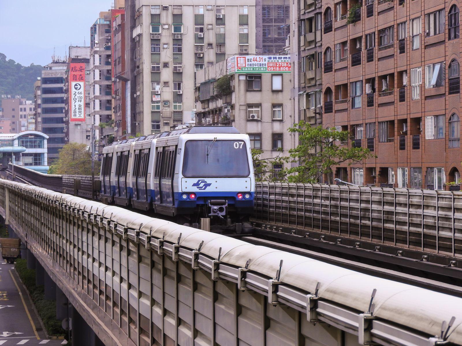 台灣大眾運輸為什麼落後? 網友點出這關鍵