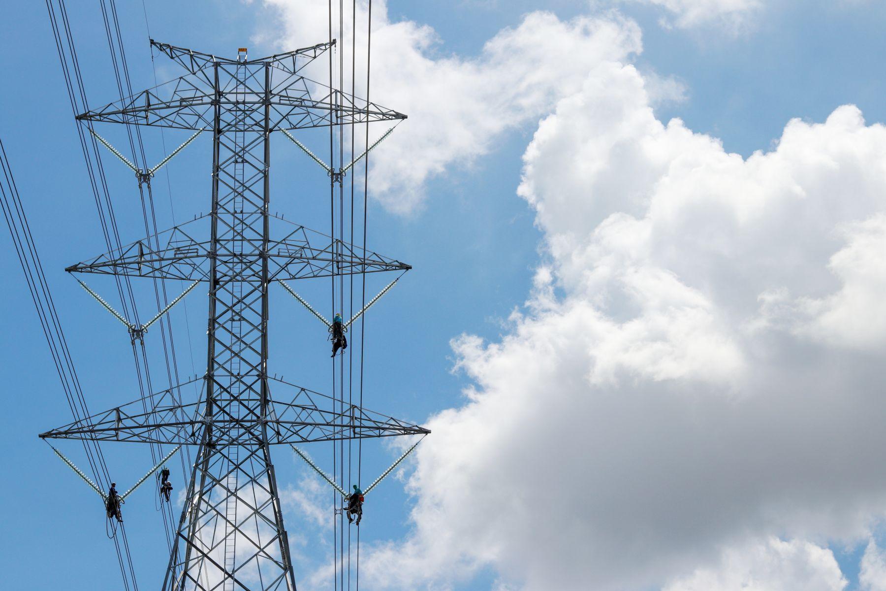 政院拚節電 用電大戶超標要加價