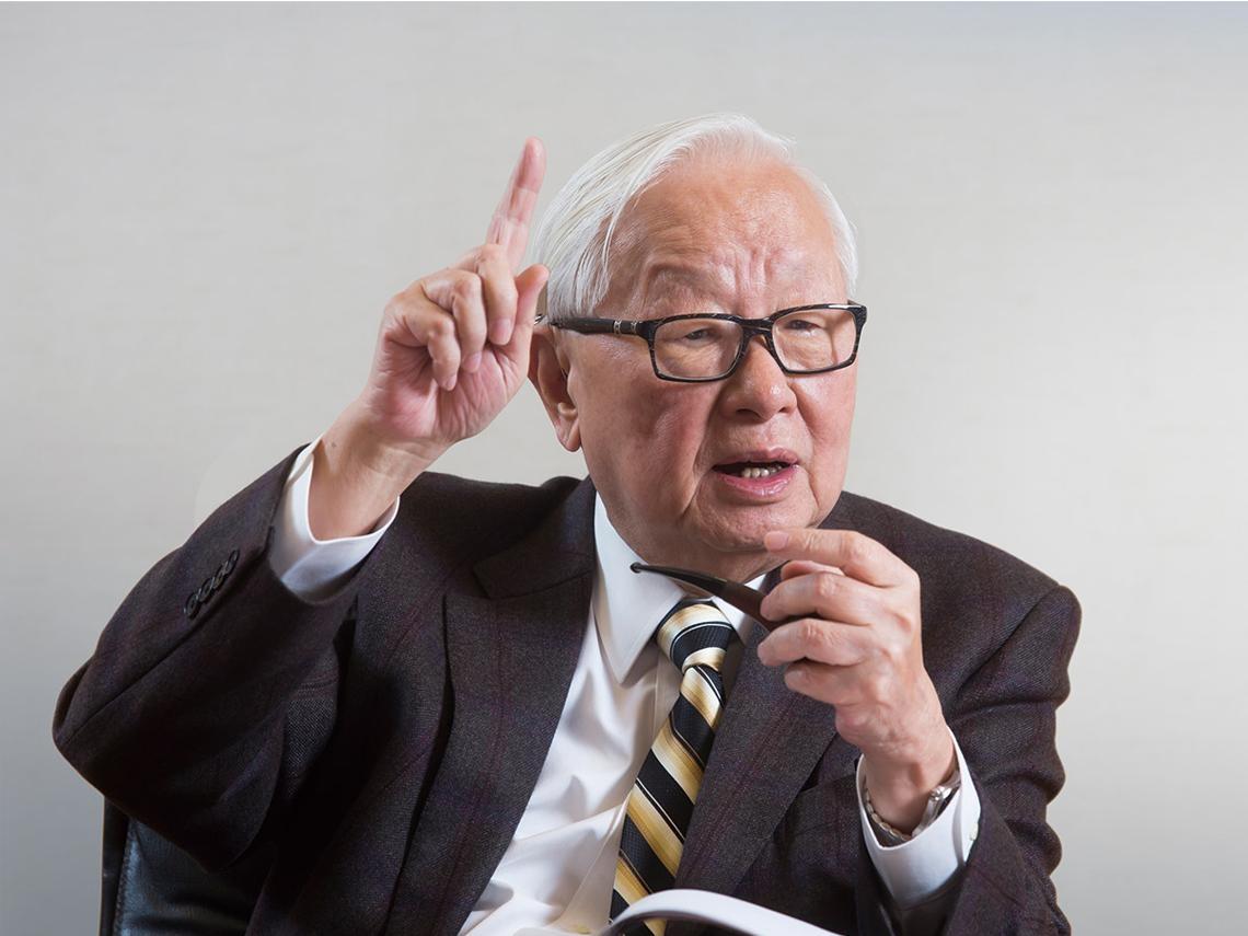 90歲張忠謀當著AIT面前「唱反調」:美國想重新建立在地半導體供應鏈 「不大可能!」
