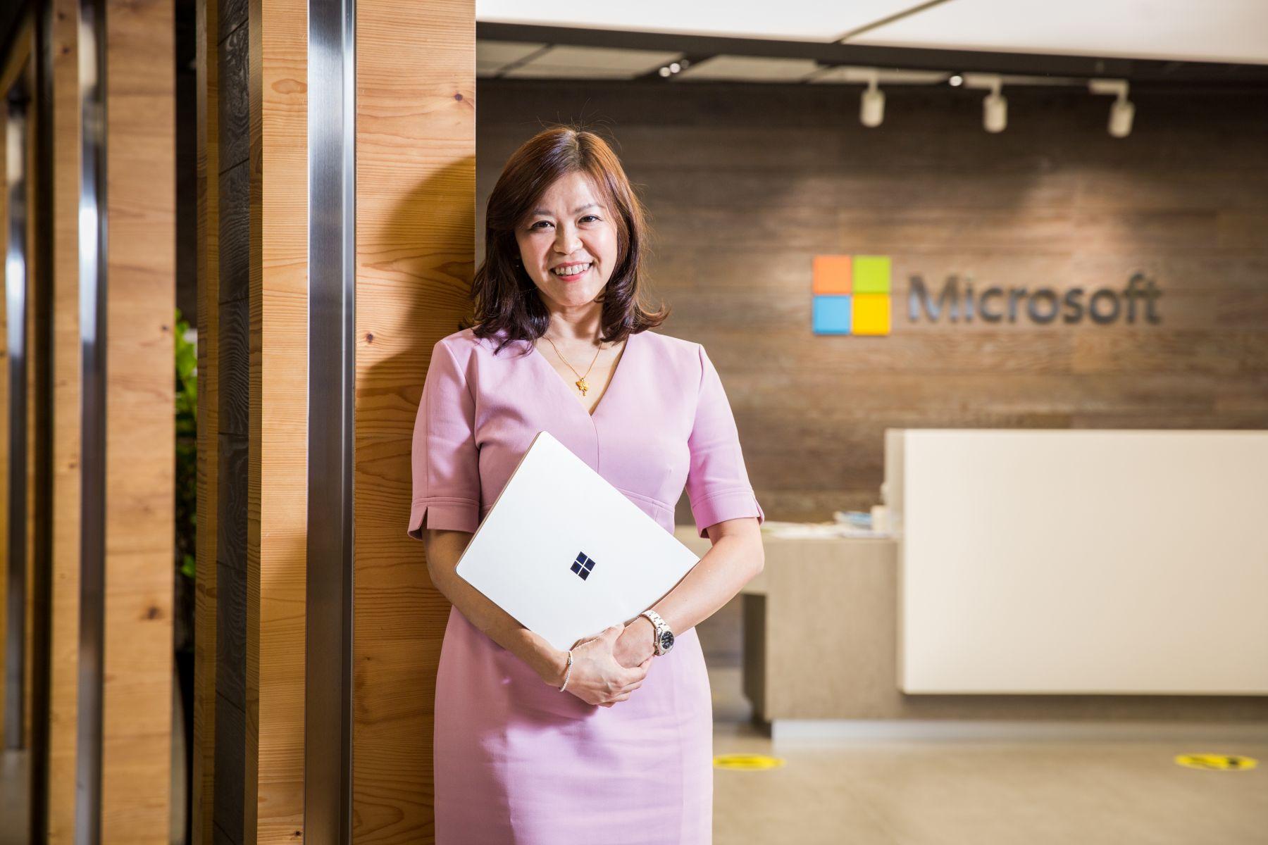 「我看到台灣女生的主動、好奇、自信」 她從問題小孩變成科技大咖 微軟營運長:性格比環境更重要